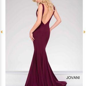 Jovani Backless prom dress